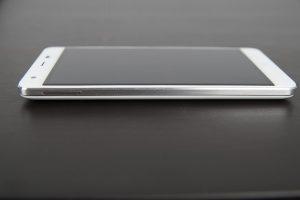 Ulefone Power Knöpfe Anschlüsse (2)