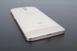 ZTE Axon Elite Design und Verarbeitung 4 1 300x200
