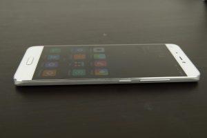 Xiaomi Mi5 Curved Gorilla Glas (1)