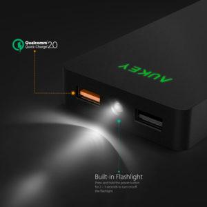 Aukey Powerbank 12000 LED Anschlüsse