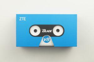 ZTE Blade V8 Verpackung