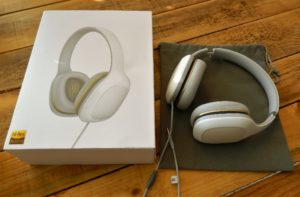 Xiaomi Headphones Relaxed Lieferumfang 300x197