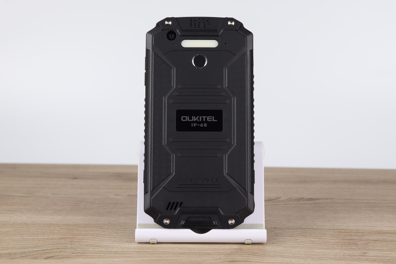 Design ed elaborazione dell'Oukitel K10000 Max