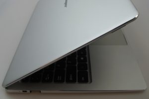 Jumper EzBook 3 Plus Gehäuse 4