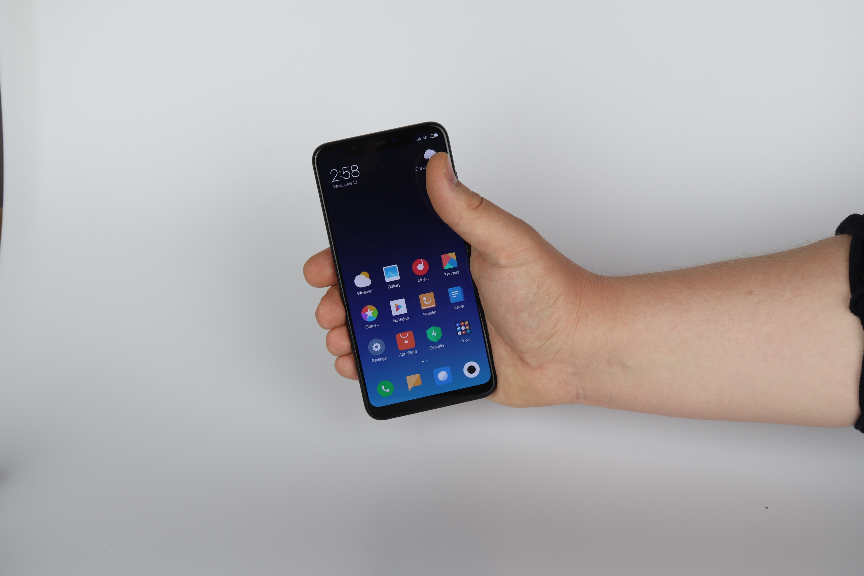 Xiaomi Mi8 Design und Verabeitung test 1
