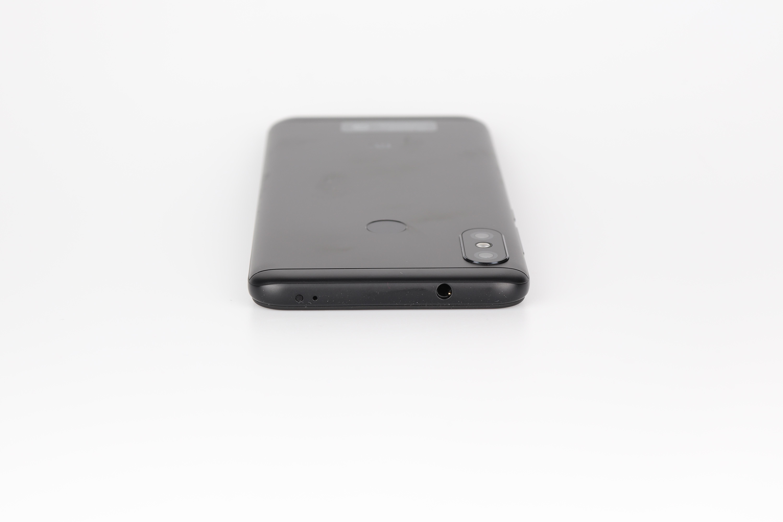 Xiami Redmi 6 Pro Design 2