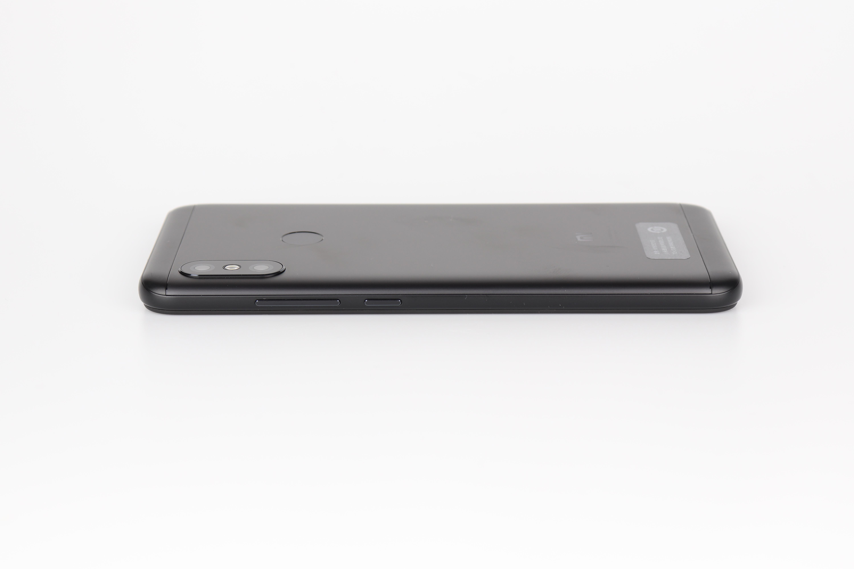 Xiami Redmi 6 Pro Design 3