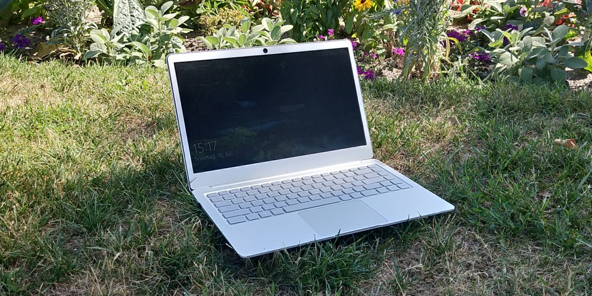 EZBook X4 Main