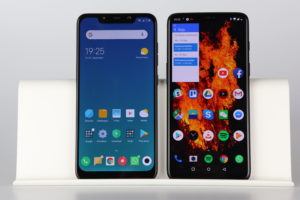 Pocophone F1 vs. Oneplus 6 Display 1