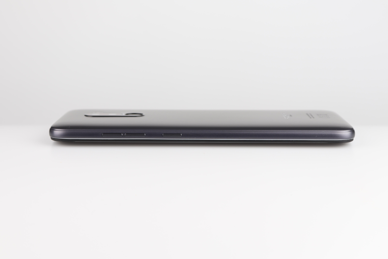 Xiaomi Poco F1 Design Verarbeitung 2