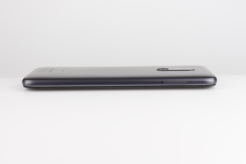 Xiaomi Poco F1 Design Verarbeitung 4