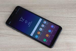 Samsung Galaxy A6 Vorder und Rückseite 1