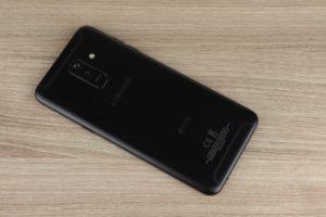 Samsung Galaxy A6 Vorder und Rückseite 2