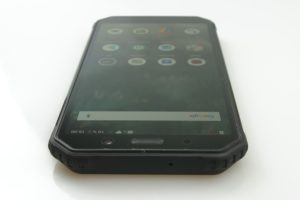 AGM A9 Testbericht Outdoor Smartphone Produktfotos 10
