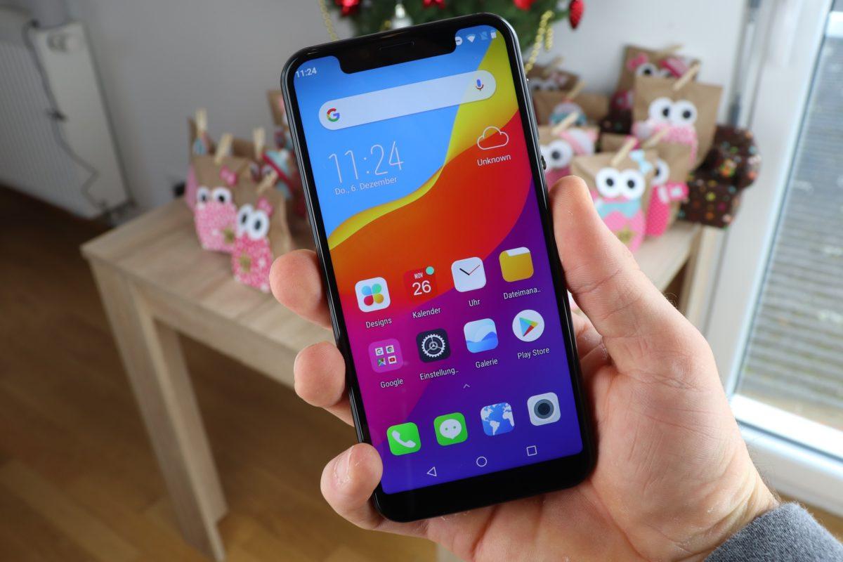 Elephone A4 Pro Display Hand