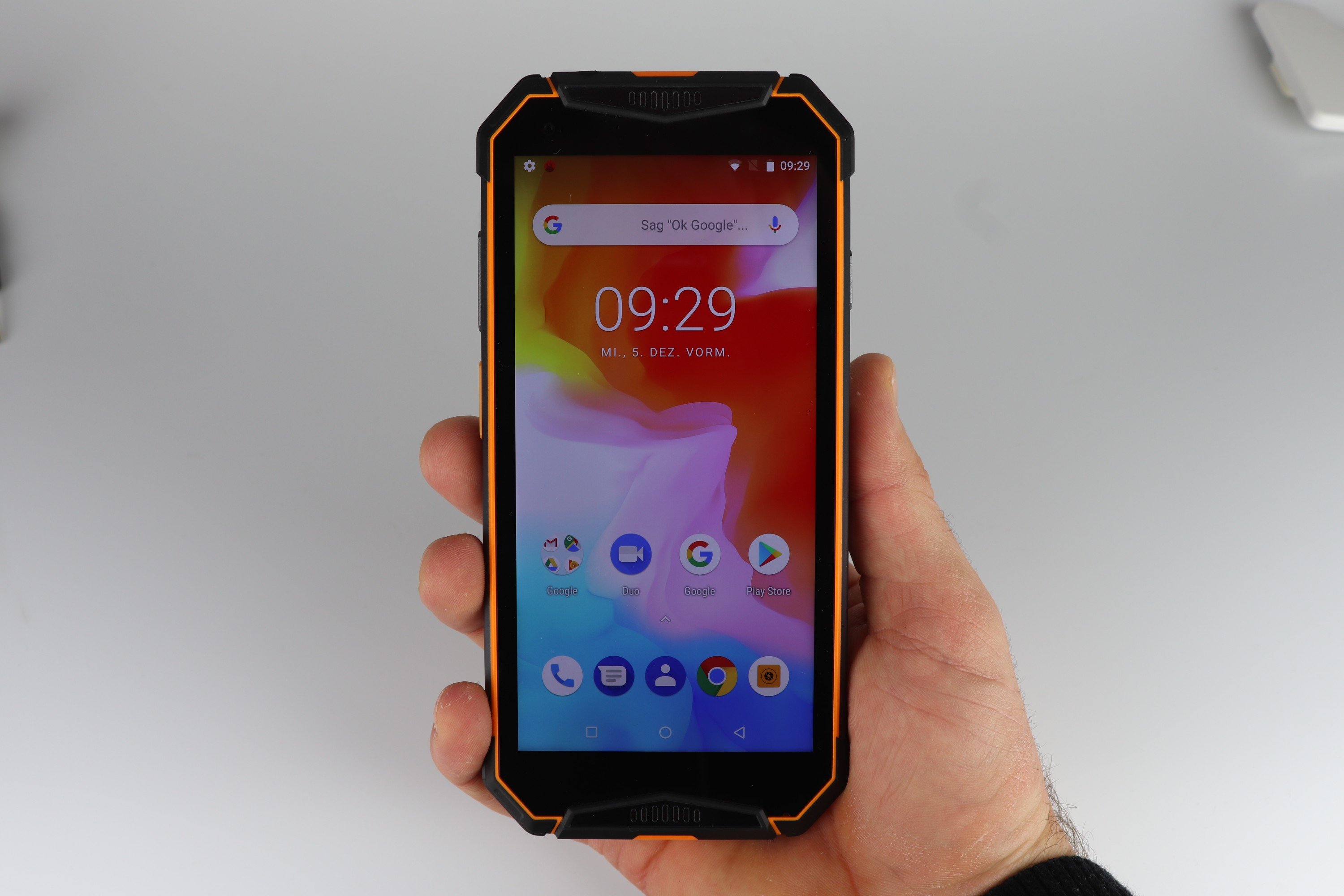 Ulefone Armor 3 Display Hand