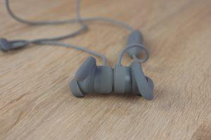 Aukey EP B60 Bluetooth Kopfhörer Design Verarbeitung 1