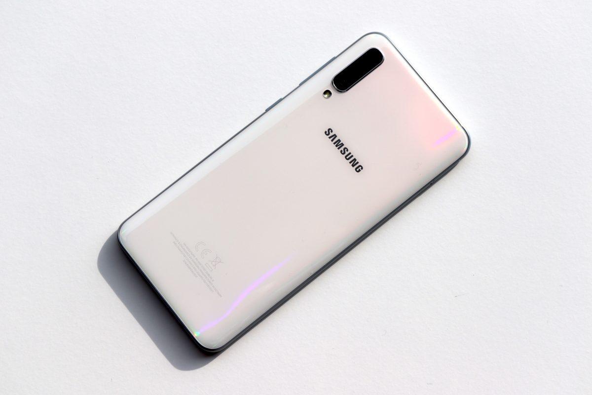 Samsung A50 back
