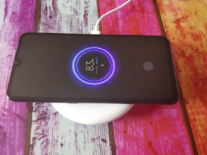 Xiaomi Mi 9 Wireless Charging 1