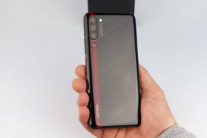 Lenovo Z6 Pro Hand Rückseite