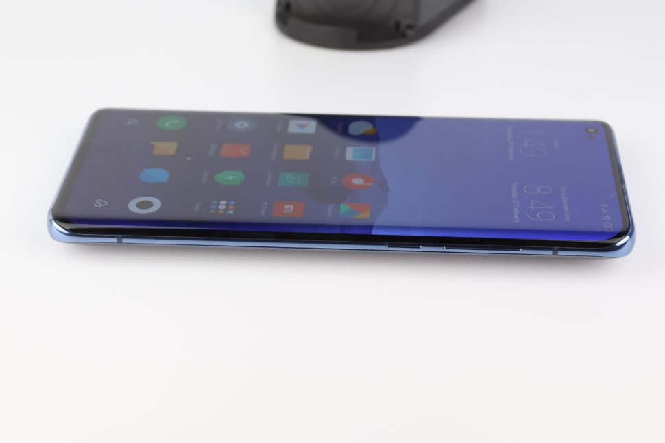 Xiaomi Mi 10 Curved Display 1