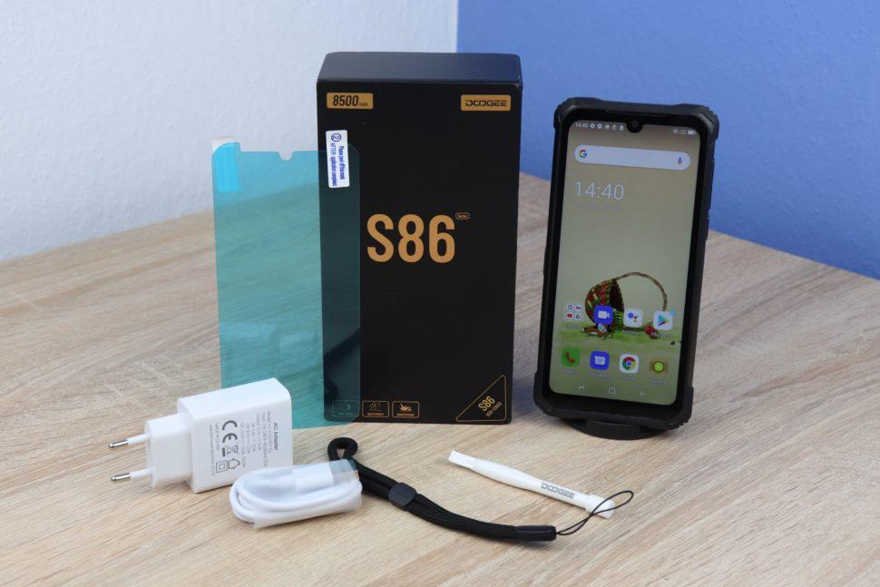 Doogee S86 Test Lieferumfang