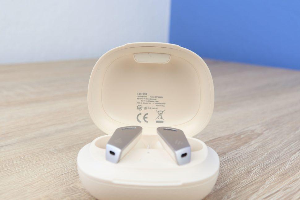 Edifier TWS NB2 Pro Ladeschalte Box 2