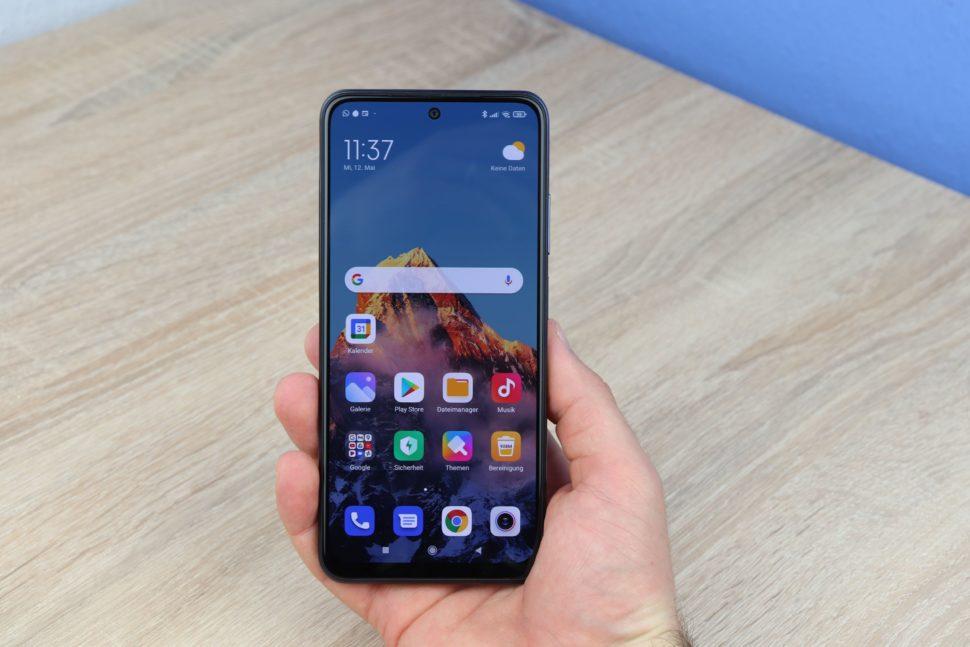Xiaomi Redmi Note 10S Test Hand 1