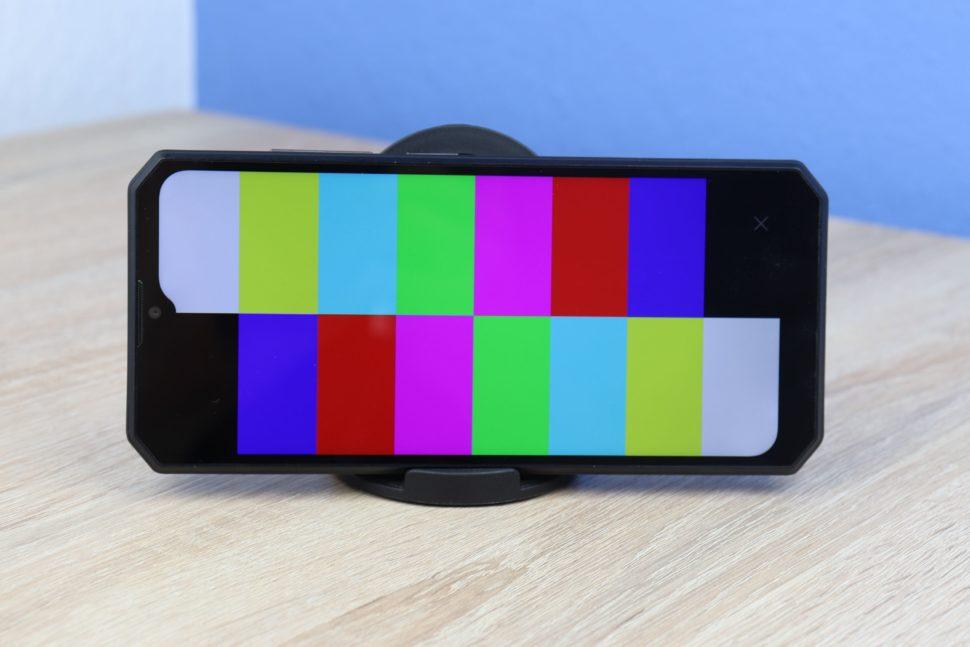 OUKITEL K15 Plus Bildschirm Farben