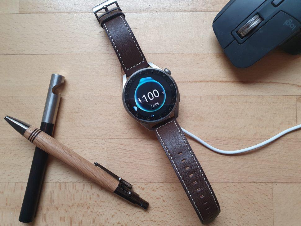 Huawei Watch 3 Pro Laden