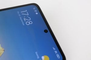 Xiaomi 11T Pro Punch Hole Notch