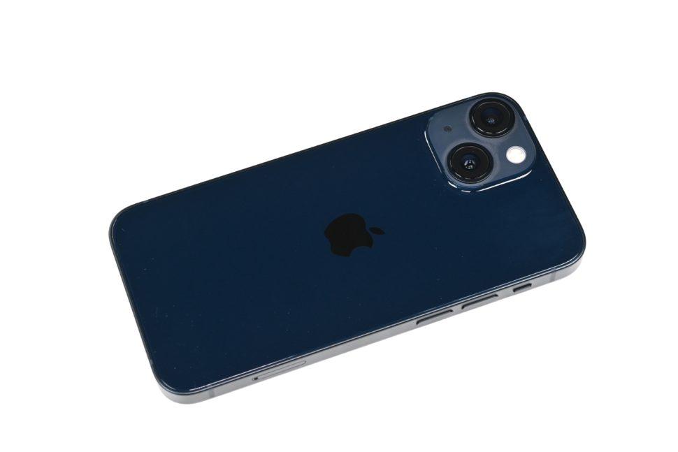 iphone 13 mini design backside