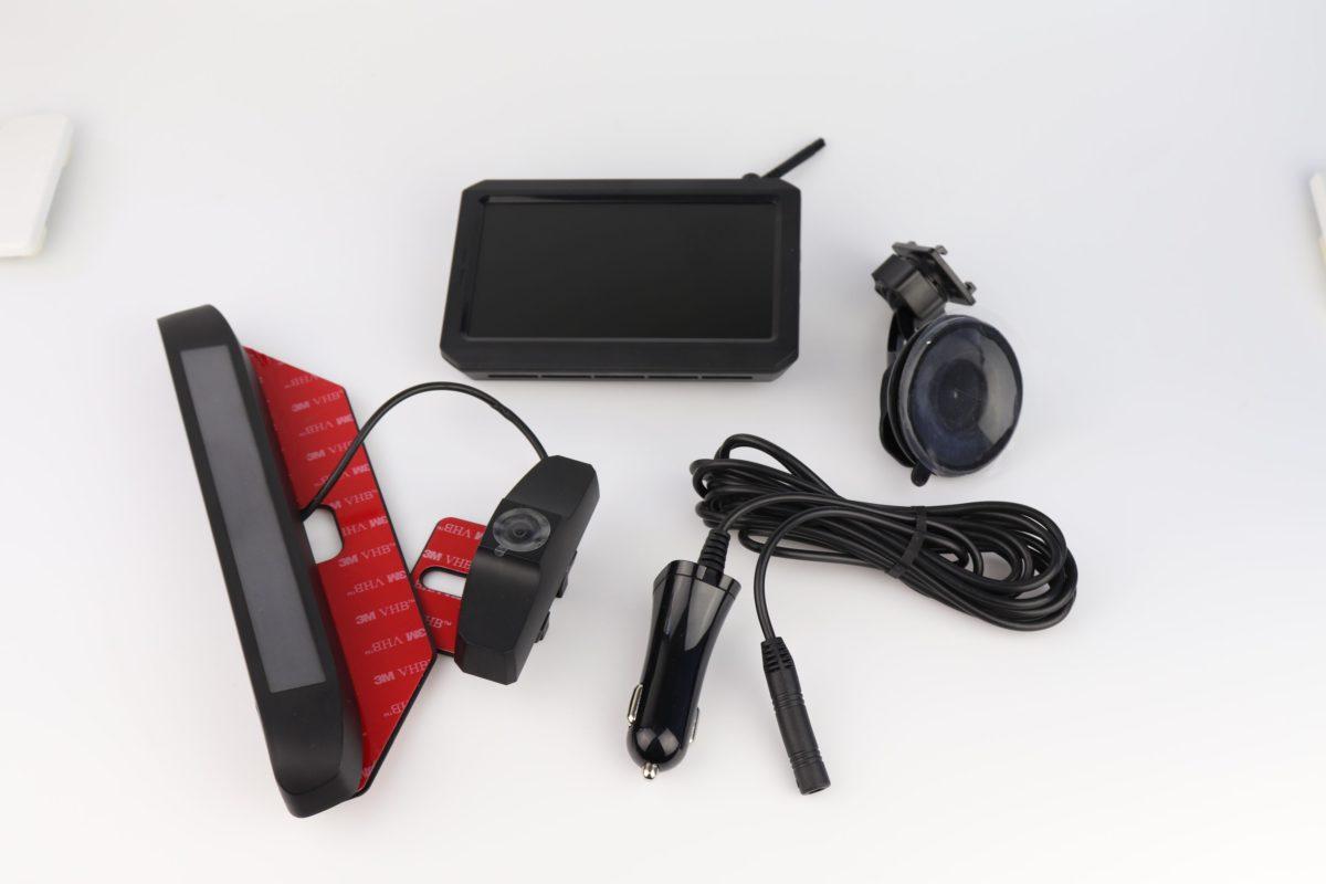 Auto Vox RVW Solar 1 Wireless Rückfahrkamera 12