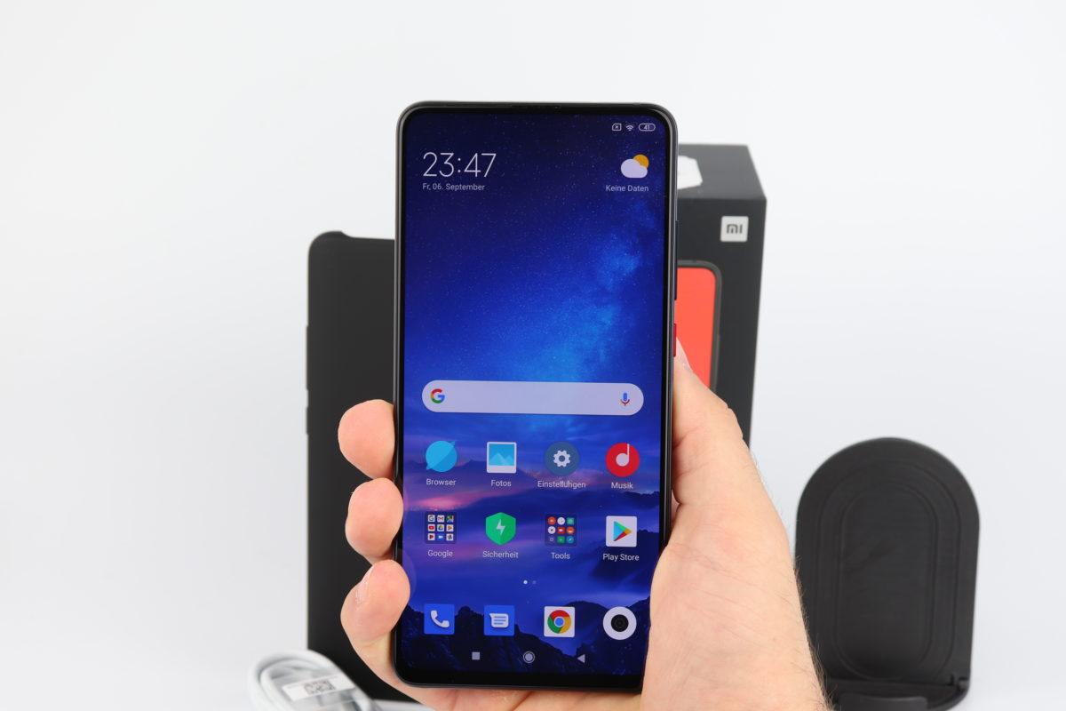 Xiaomi Mi 9T Pro Hand